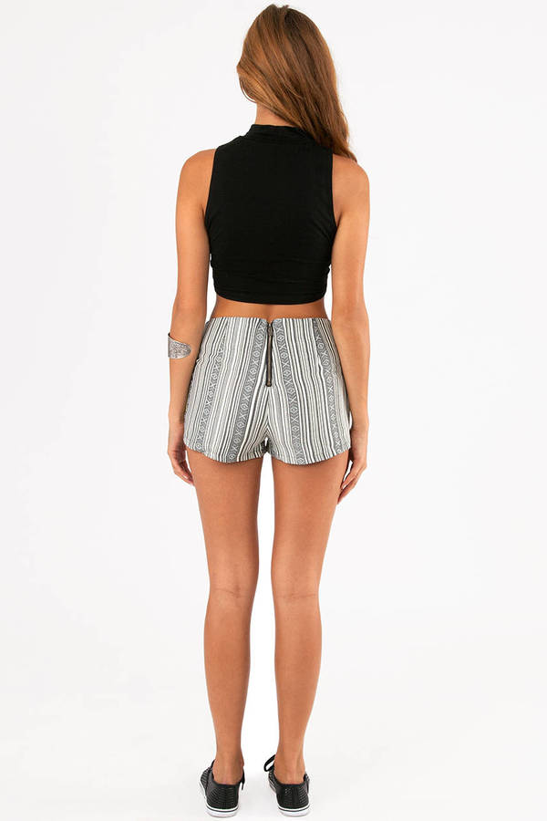 Billie Piped Linen Shorts