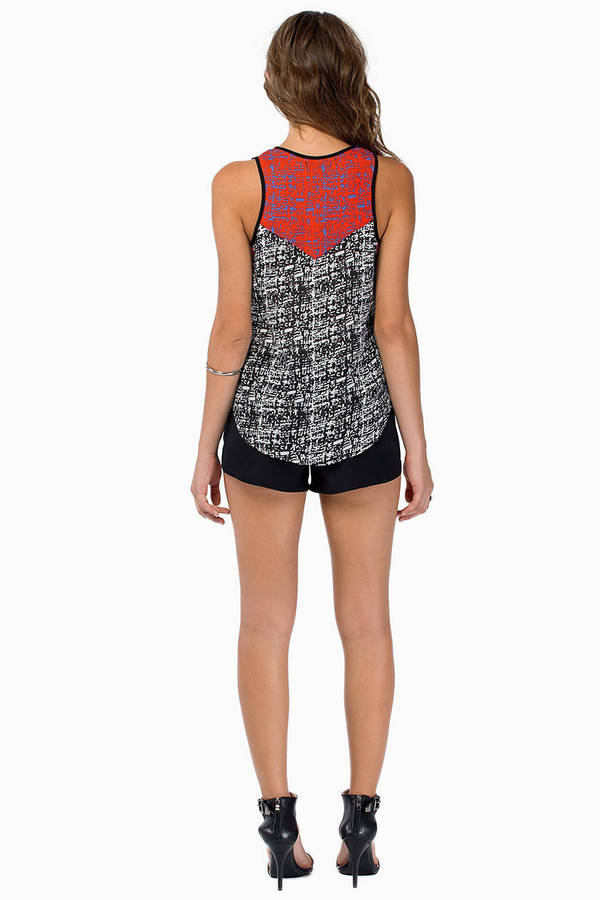 Contrasting Attraction Top