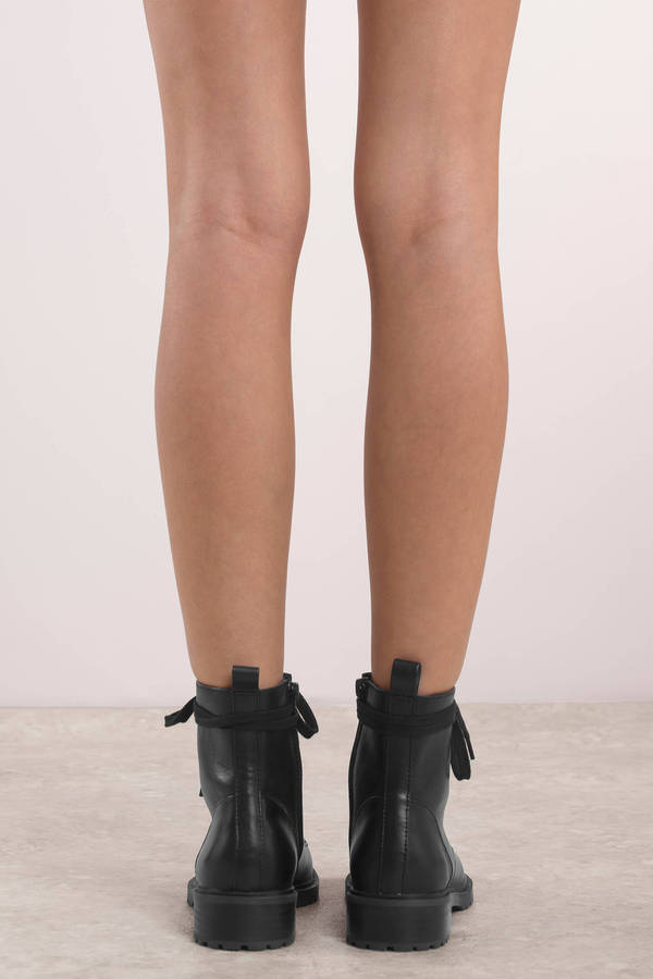 98329613cbd Officer Leather Boots