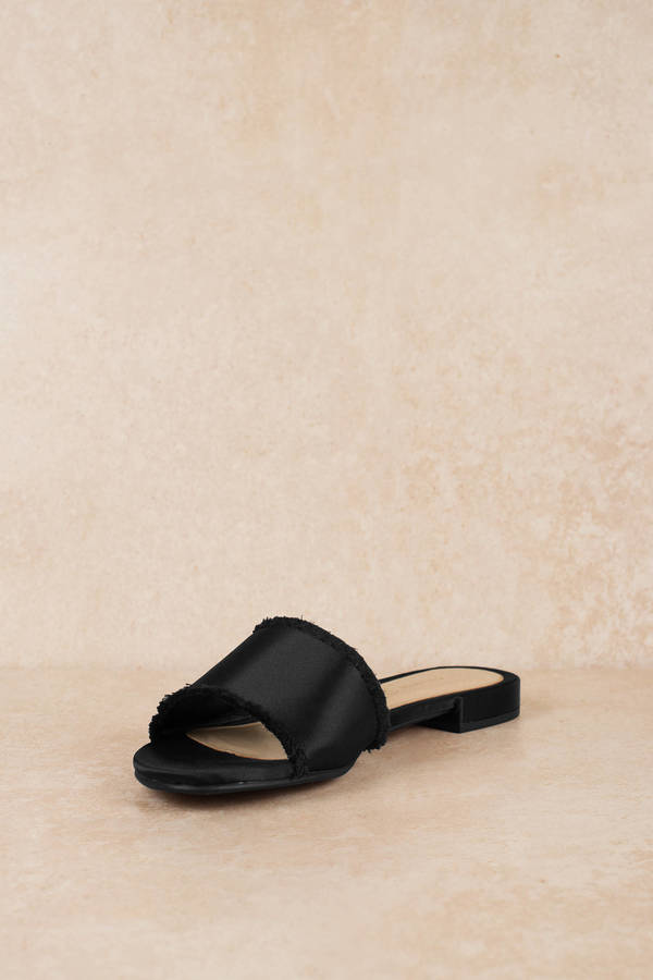 Chinese Laundry Pattie Sandal