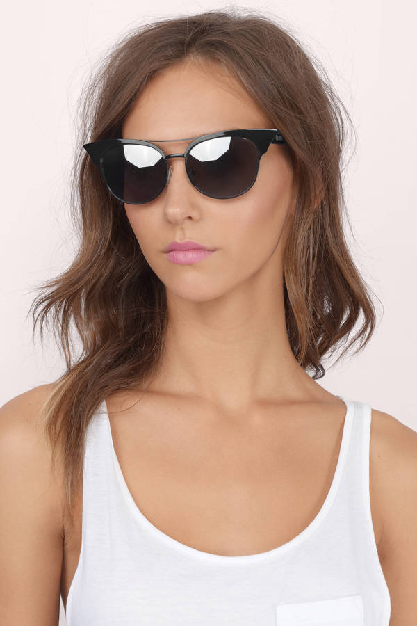 105ab005f0 ... QUAY Quay Zig Black   Silver Sunglasses