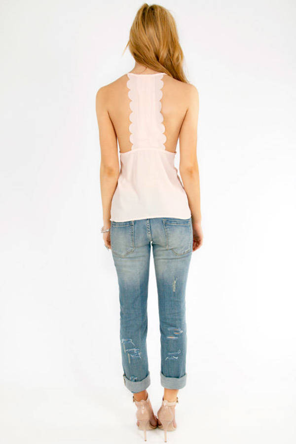 Back That Scallop Top