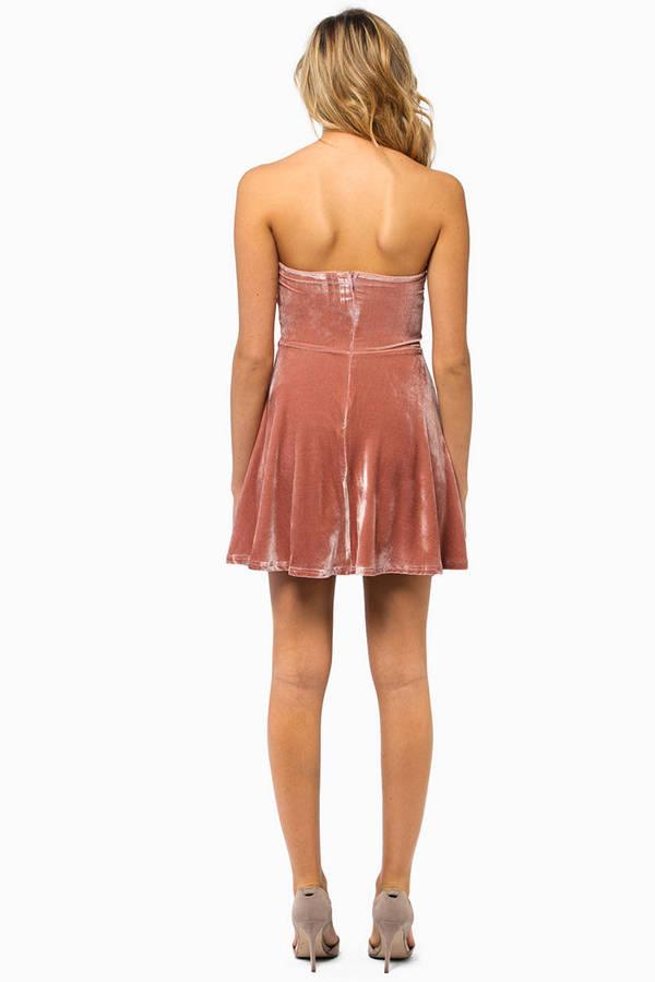 Sara Sweetheart Velour Dress