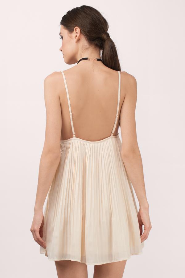 Creamy kiss cocktail dress