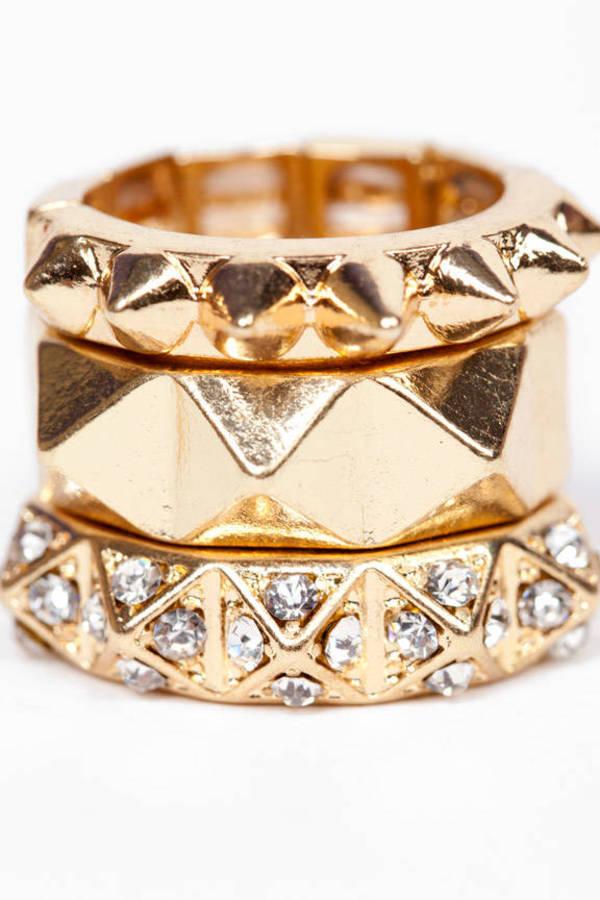 Stacked Pyramid Rings