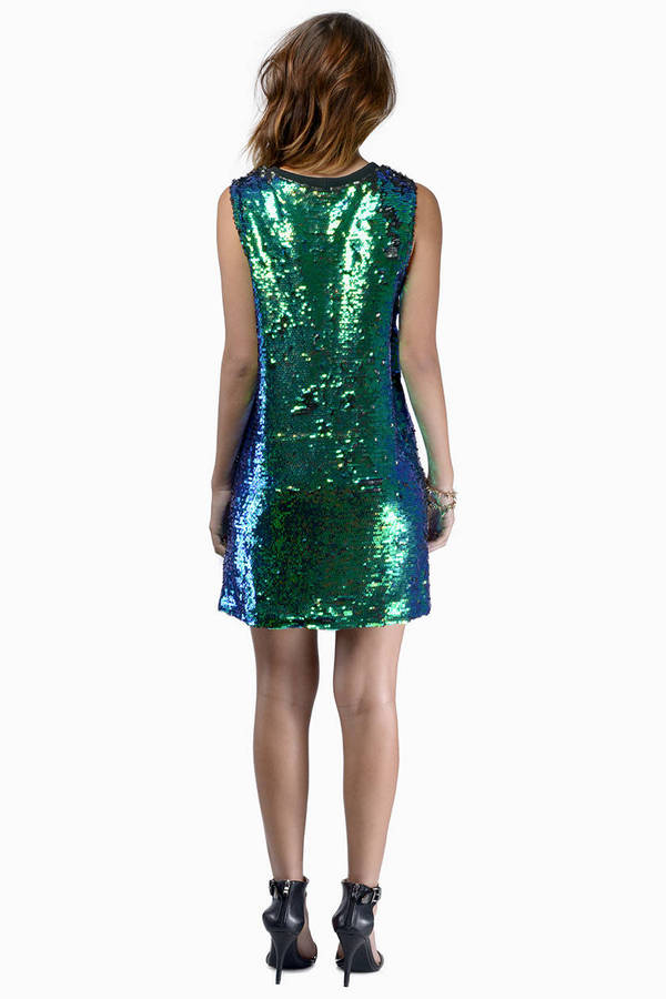 Cameo Commotion Dress