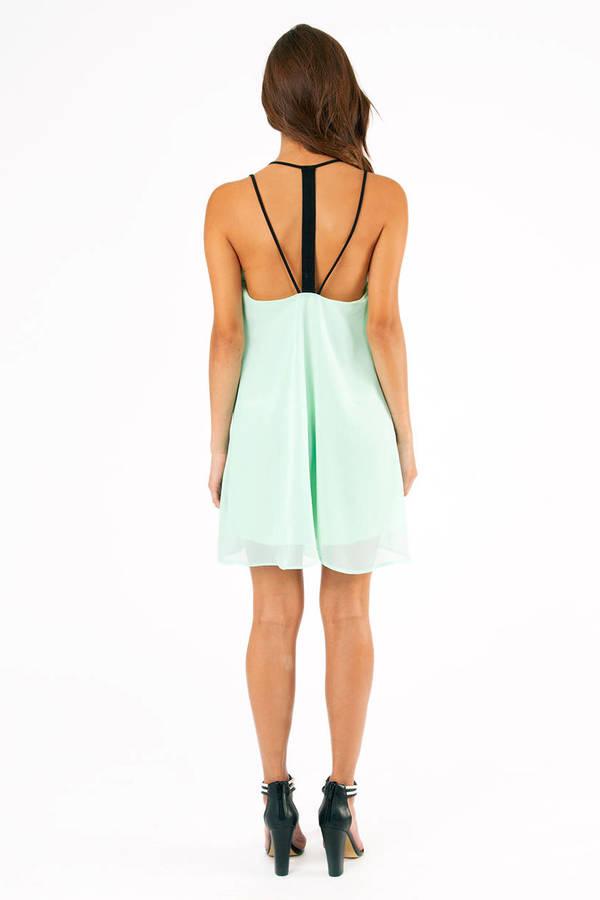 Strapback Dress