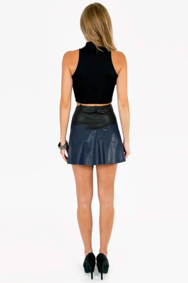 Under Contrast Skirt