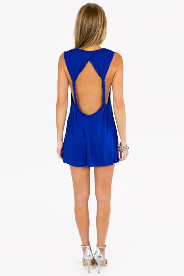 Twist to Open Dress