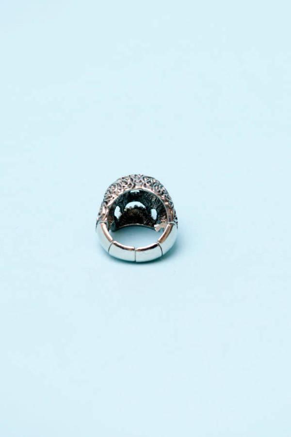 Ana Maria Skull Ring