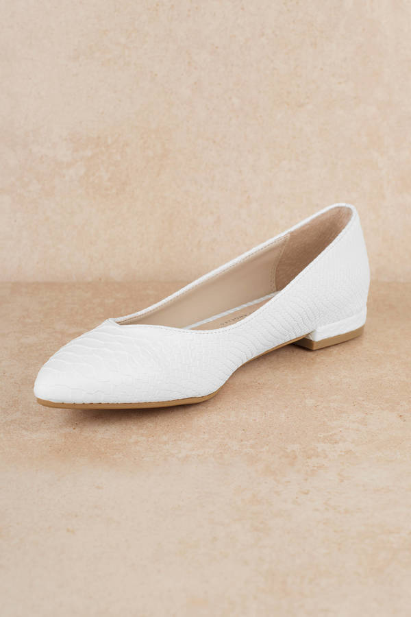be9e0a3f4 White Chinese Laundry Flats - Cute Sandals - White Studded Sandals ...