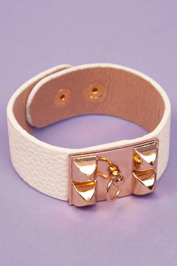 Leather Hardware Bracelet