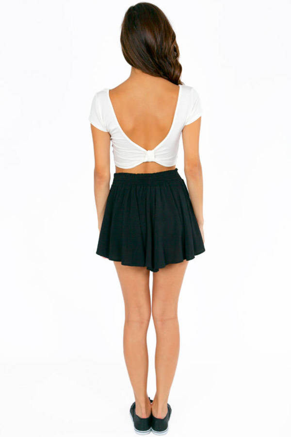 Scooping Back Bow Crop Top