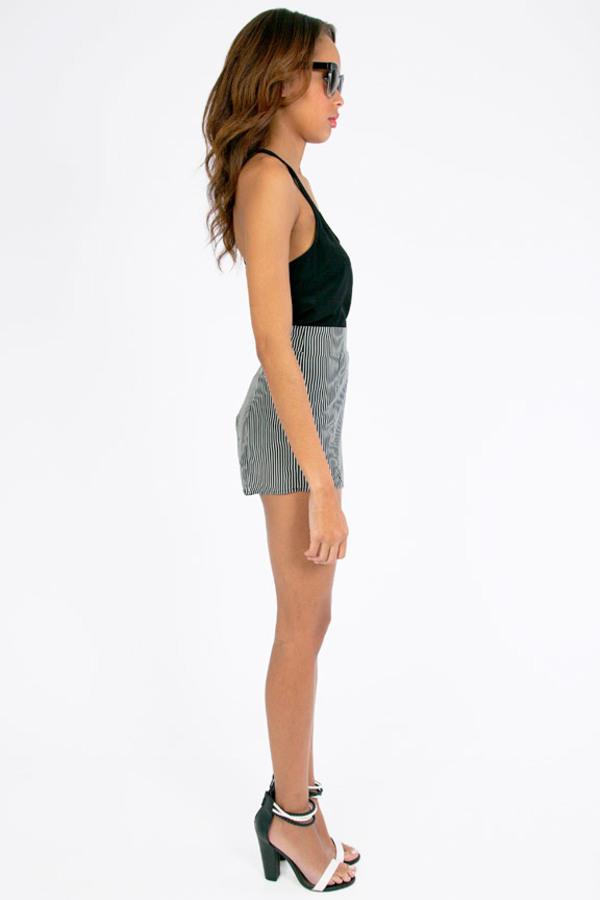 Thinstripe Shorts