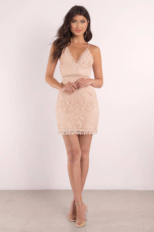 af5460f57e3 ... The Jetset Diaries The Jetset Diaries Hyacinth Blossom Lace Bodycon  Dress