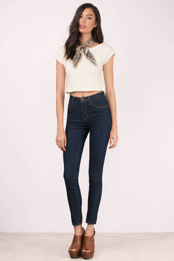 5d5fd458ffd665 White Crop Top - Sweater Crop Top - White Knit Crop - € 9   Tobi IE