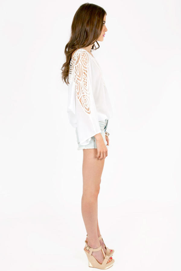 Bella Crochet Long Sleeve Top