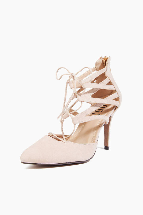 Glance Down Heels