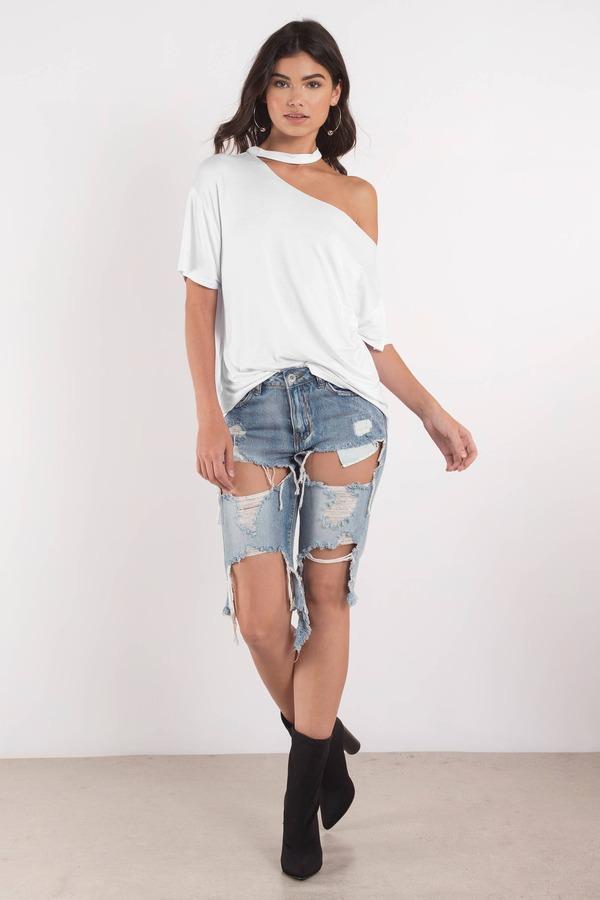 f7d2071c33245 White Tee - Oversized Shirt - Choker T-Shirt - White Off Shoulder ...