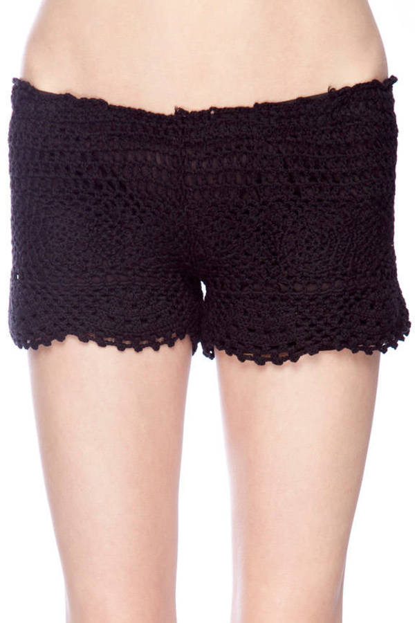 Crochet Pull On Shorts