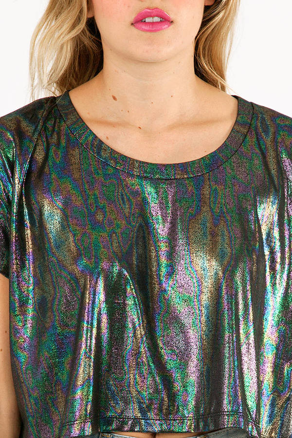 Loosely Lucy Iridescent Top
