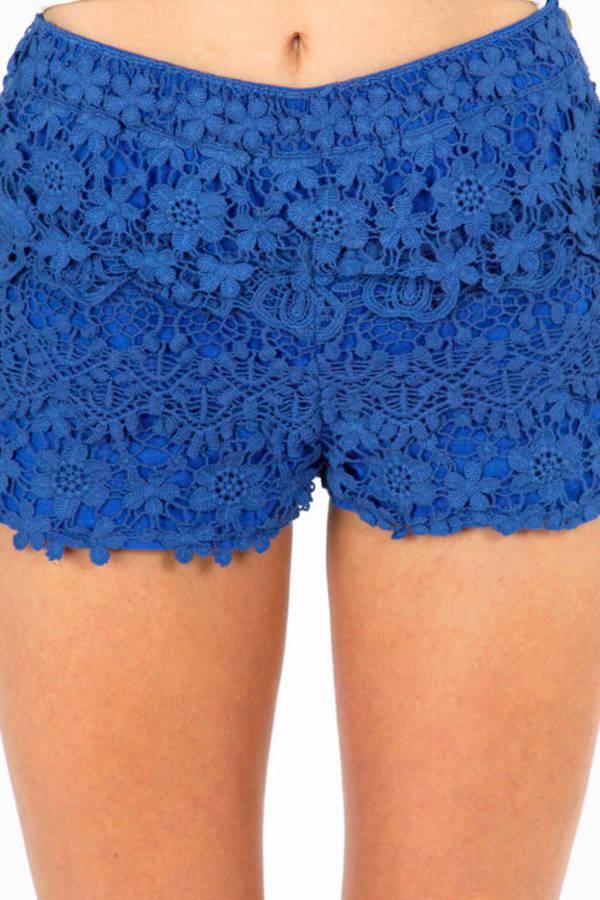 Loop Me In Shorts