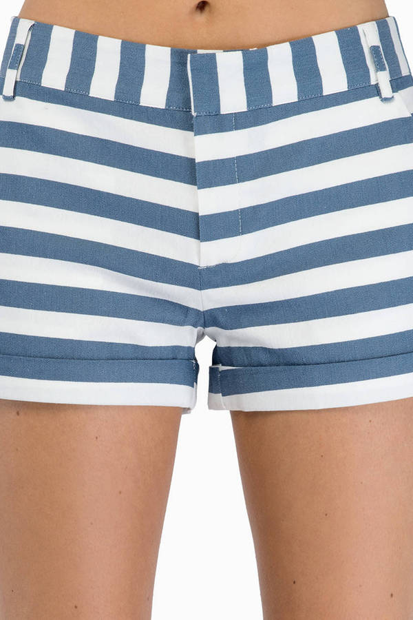 Make a Statement Shorts
