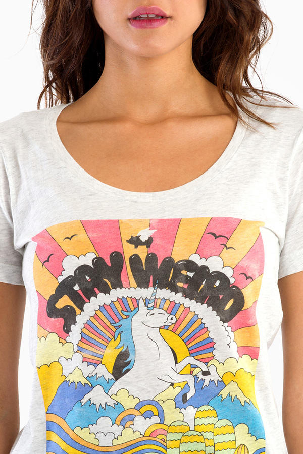 Glamour Kills Stay Weird Scoop Tee