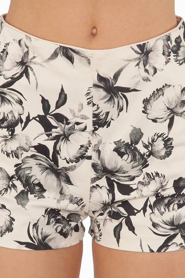 Floral Memories Shorts