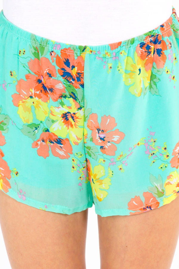 Aura for Flora Shorts