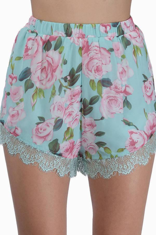 Weekend Crush Shorts