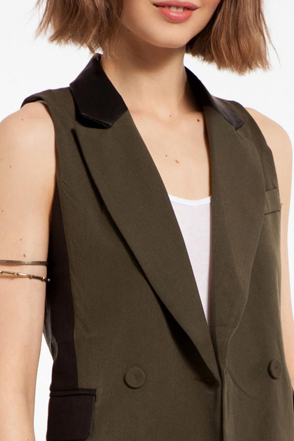 Pick and Panel Vest