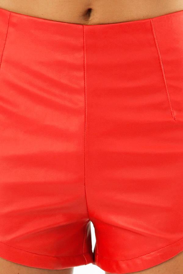 Stefani Scalloped Shorts