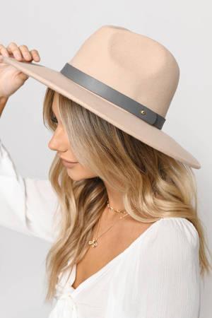 Women's Hats | Cute Beanies, Trendy Wide Brim Hats | Tobi
