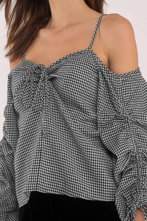 b501ef445d3e7b Eve Black Gingham Cold Shoulder Top Eve Black Gingham Cold Shoulder Top ...
