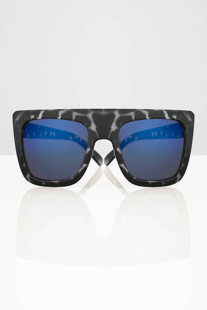quay cafe racer black tortoise & blue oversized sunglasses - kr