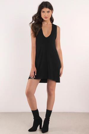 Pretty Black Shift Dress - Plunging Dress - Shift Dress - € 20  9dbb183a5