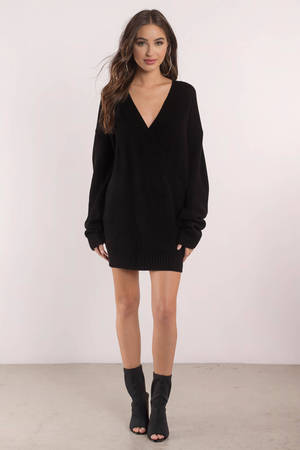 4cccf7651f Cute Black Dress - Deep V - Black Oversized Sweater - C  66