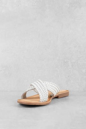 a63d93d39073 ... Chinese Laundry Chinese Laundry Popular White Criss Cross Strap Sandals